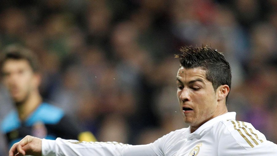 Ronaldo remata para o 1-0  do Real Madrid