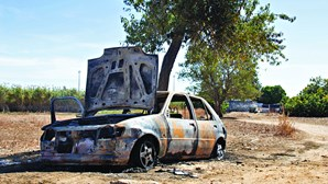 PJ investiga carro incendiado junto a universidade do Algarve